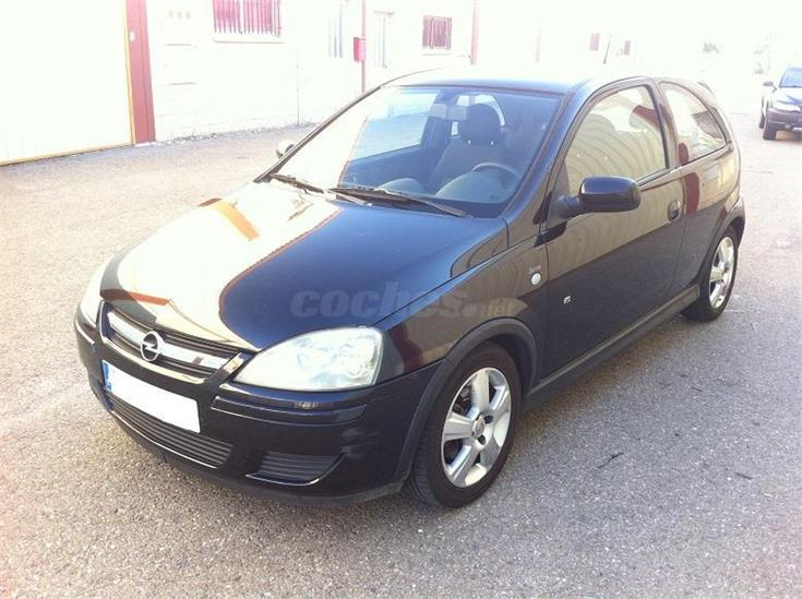 opel corsa sport 1 3 cdti diesel negro del 2004 con 160000km en zaragoza. Black Bedroom Furniture Sets. Home Design Ideas