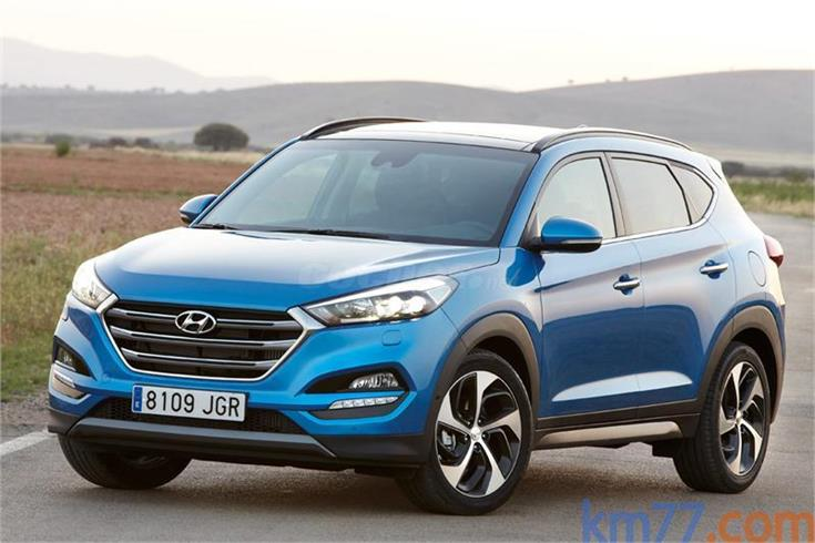 hyundai tucson 4x4 1 6 gdi bluedrive essence 4x2 gasolina de nuevo de color azul ara blue en. Black Bedroom Furniture Sets. Home Design Ideas