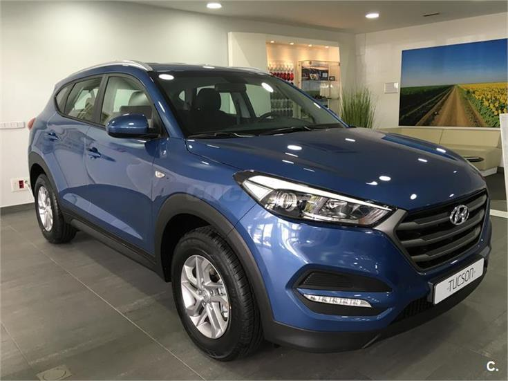 hyundai tucson 4x4 1 7 crdi bluedrive essence 4x2 diesel de km0 de color azul ash blue en. Black Bedroom Furniture Sets. Home Design Ideas