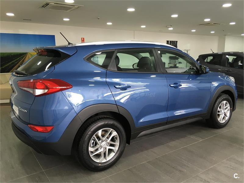 hyundai tucson 4x4 1 7 crdi 85kw 115cv bdrive essence 4x2 diesel de km0 de color azul ash blue. Black Bedroom Furniture Sets. Home Design Ideas