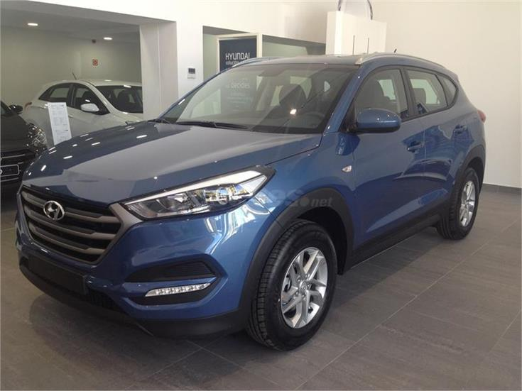 hyundai tucson todo terreno 1 7 crdi bluedrive essence 4x2 diesel de km0 de color azul ash blue. Black Bedroom Furniture Sets. Home Design Ideas