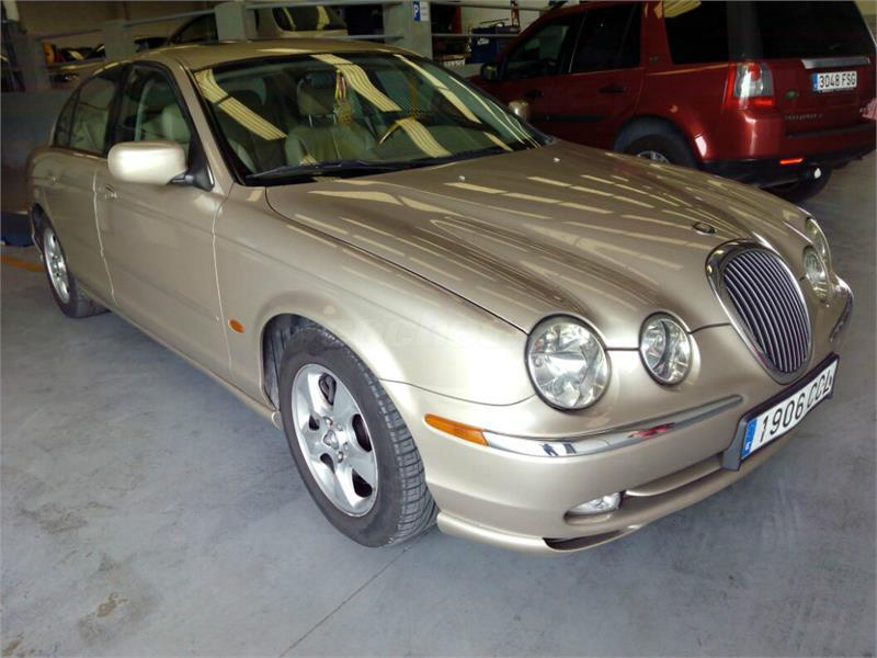 jaguar stype v6 3 0 executive gasolina beige oro platino del 1999 con 131000km en valencia. Black Bedroom Furniture Sets. Home Design Ideas