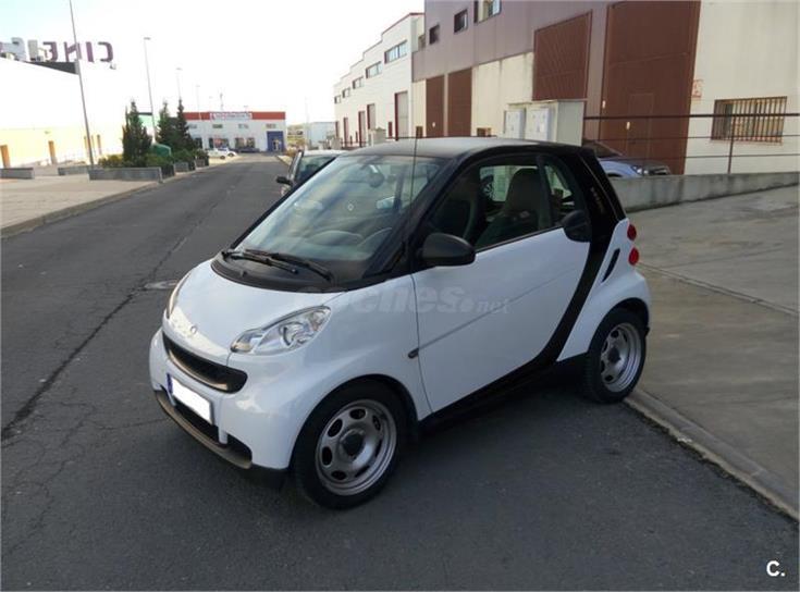 Smart fortwo coupe 45 mhd pure gasolina blanco del 2011 for Smart segunda mano sevilla