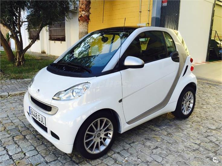 Smart fortwo coupe 62 passion gasolina blanco del 2009 con for Smart segunda mano sevilla