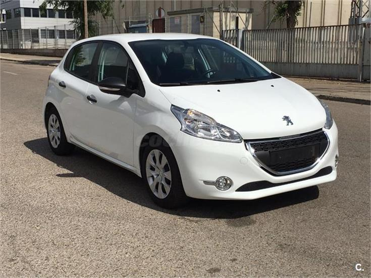 peugeot 208 5p active 1 4 hdi 68 diesel blanco del 2013 con 112000km en madrid 31916402. Black Bedroom Furniture Sets. Home Design Ideas