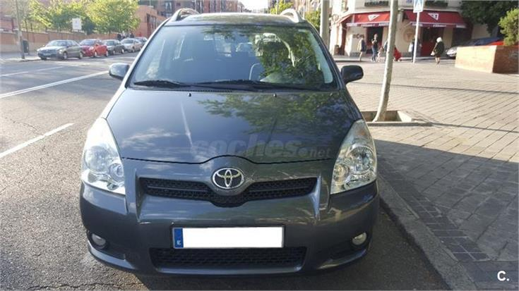 toyota corolla verso 2 2 d4d 136 cv luna diesel gris plata gris oscuro del 2008 con 208000km. Black Bedroom Furniture Sets. Home Design Ideas
