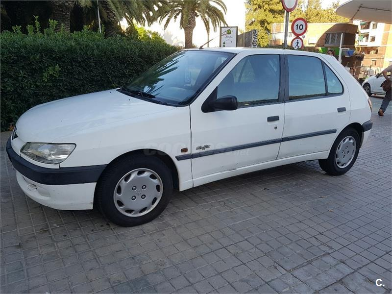 peugeot 306 graffic diesel blanco del 1998 con 111000km en barcelona 32123350. Black Bedroom Furniture Sets. Home Design Ideas