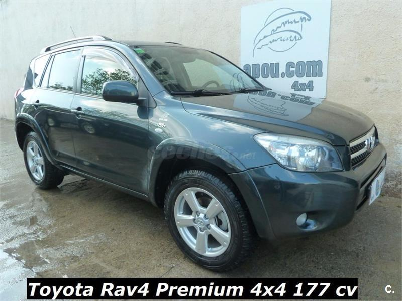toyota rav4 4x4 2 2 d4d 177cv premium diesel de color verde del a o 2006 con 137000km en. Black Bedroom Furniture Sets. Home Design Ideas