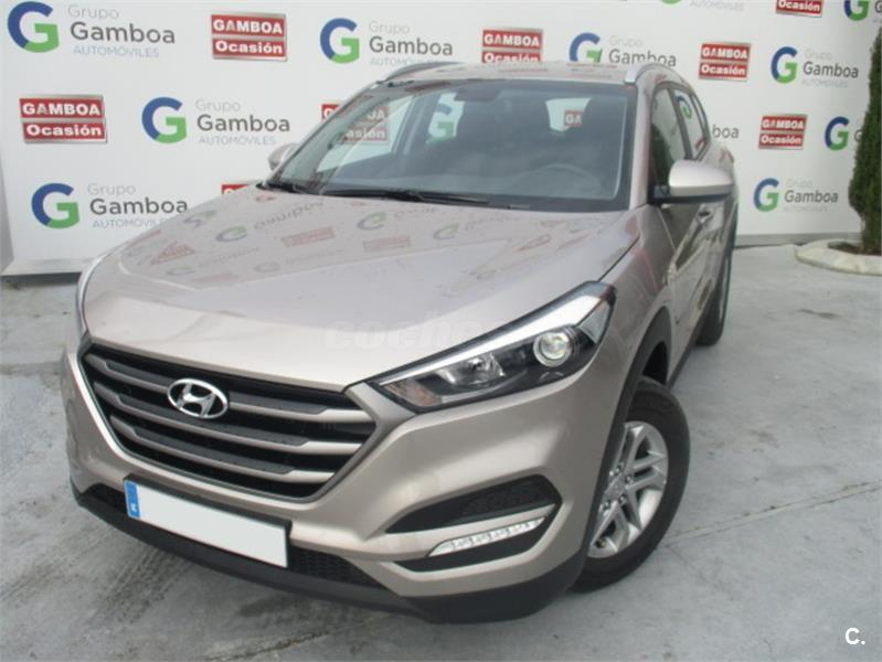 hyundai tucson 4x4 1 7 crdi 115cv bluedrive essence 4x2 diesel de color beige del a o 2016 con. Black Bedroom Furniture Sets. Home Design Ideas