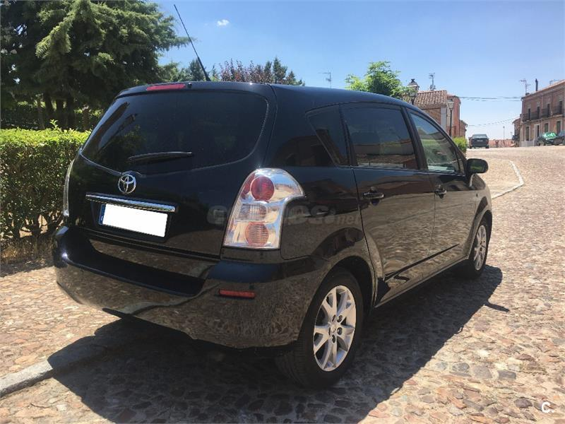 toyota corolla verso 2 2 d4d 136 cv sol diesel negro del 2009 con 130000km en valladolid 32384167. Black Bedroom Furniture Sets. Home Design Ideas