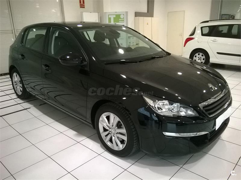peugeot 308 5p style 1 6 bluehdi 100 diesel negro negro perla del 2016 con 13000km en. Black Bedroom Furniture Sets. Home Design Ideas