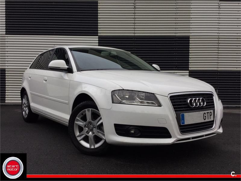 Audi a3 sportback 1 6 tdi 105cv attraction diesel blanco for 5 puertas pontevedra