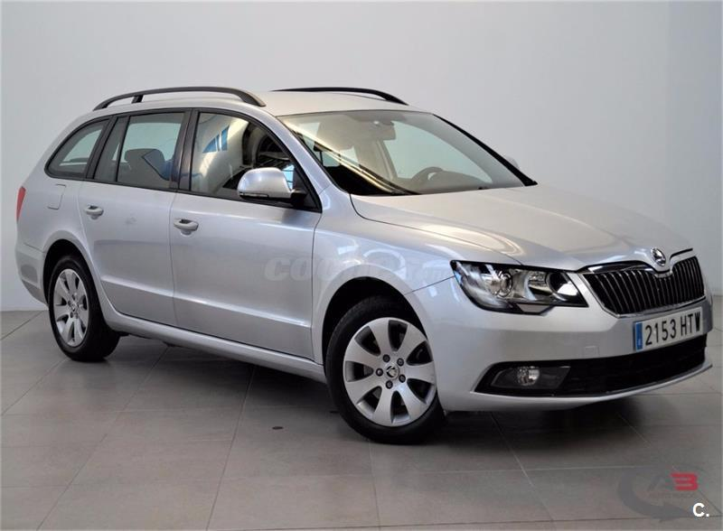 skoda superb combi 2 0 tdi cr 140cv active diesel gris plata del 2014 con 146000km en madrid. Black Bedroom Furniture Sets. Home Design Ideas