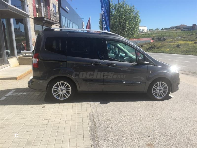 ford tourneo courier 1 5 tdci 95cv titanium diesel gris. Black Bedroom Furniture Sets. Home Design Ideas