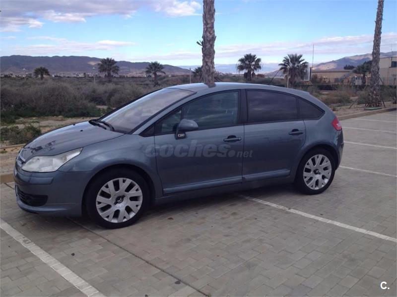 citroen c4 1 6 hdi 92 vtr plus diesel gris plata del 2005 con 127000km en almer a 32612289. Black Bedroom Furniture Sets. Home Design Ideas