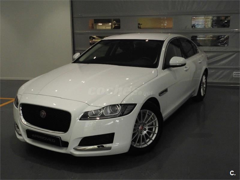 jaguar xf 132kw 180cv pure auto diesel blanco del 2016 con 5845km en m laga 32705787. Black Bedroom Furniture Sets. Home Design Ideas