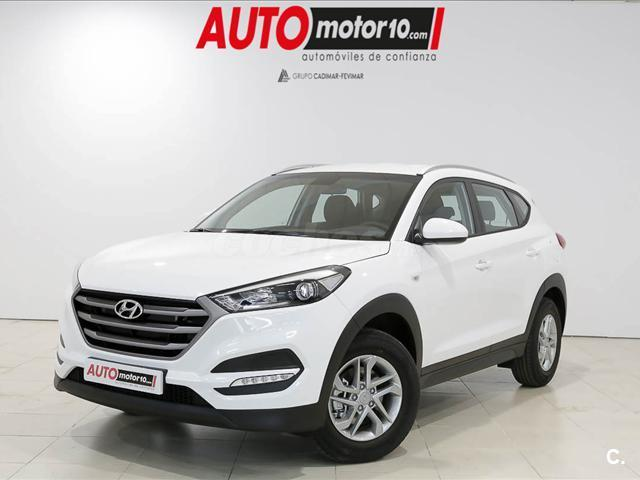 hyundai tucson 4x4 1 7 crdi bluedrive essence 4x2 diesel de color blanco blanco del a o 2016. Black Bedroom Furniture Sets. Home Design Ideas