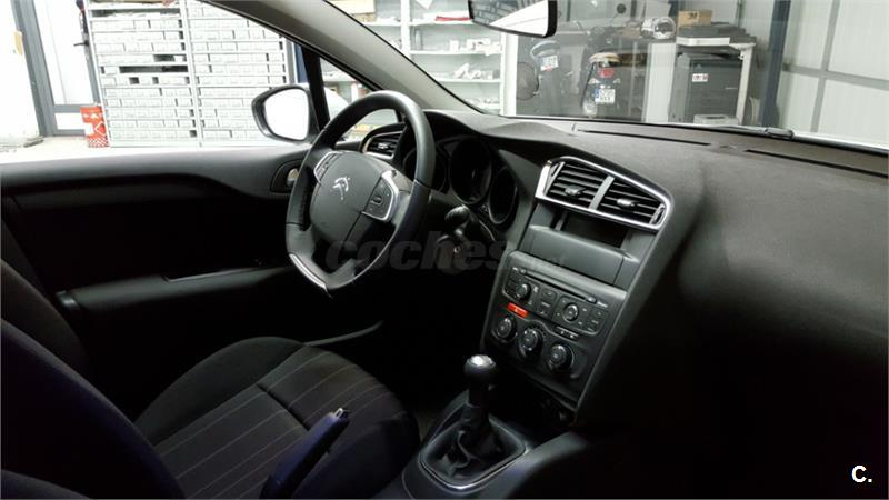 Citroen c4 c4 bluehdi 100 live edition diesel blanco del for 5 puertas pontevedra