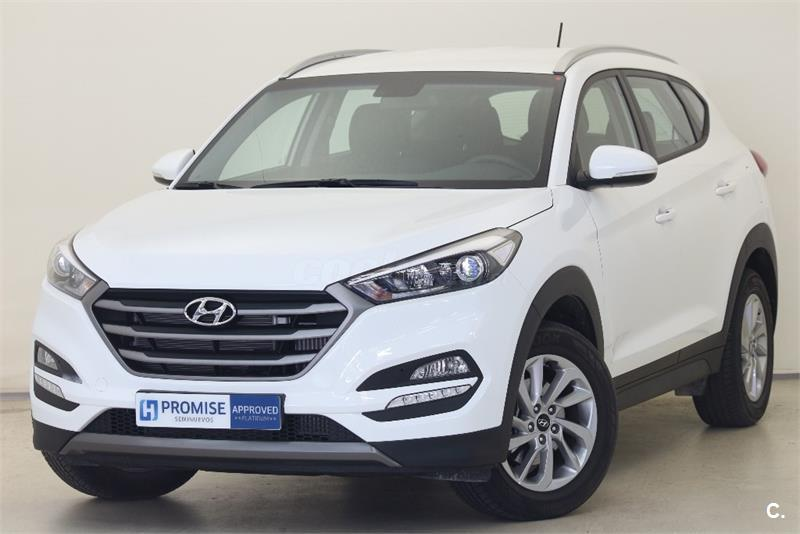 hyundai tucson 4x4 1 7 crdi bluedrive essence 4x2 diesel de color blanco del a o 2016 con. Black Bedroom Furniture Sets. Home Design Ideas