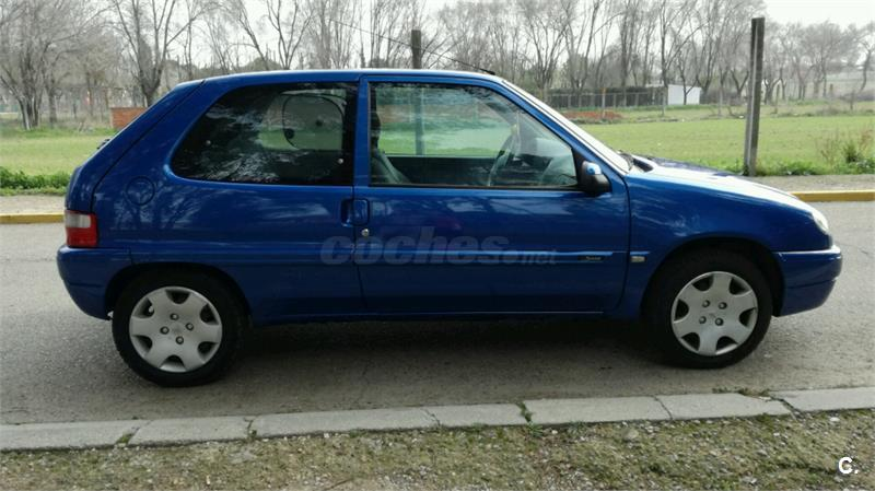 citroen saxo sx diesel azul del 2001 con 245000km en madrid 32750020. Black Bedroom Furniture Sets. Home Design Ideas