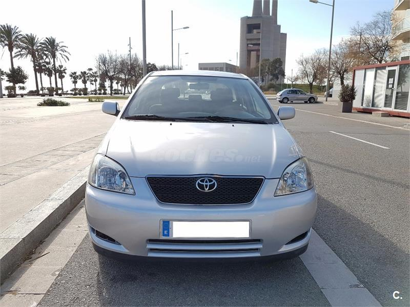 toyota corolla 2 0 d4d linea sol 116cv diesel gris plata del 2003 con 250000km en barcelona. Black Bedroom Furniture Sets. Home Design Ideas
