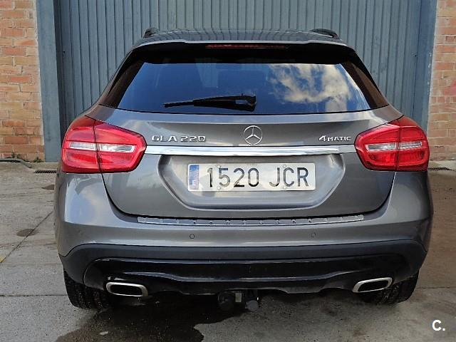 Mercedes benz gla 220 amg line 4x4 for Mercedes benz top of the line
