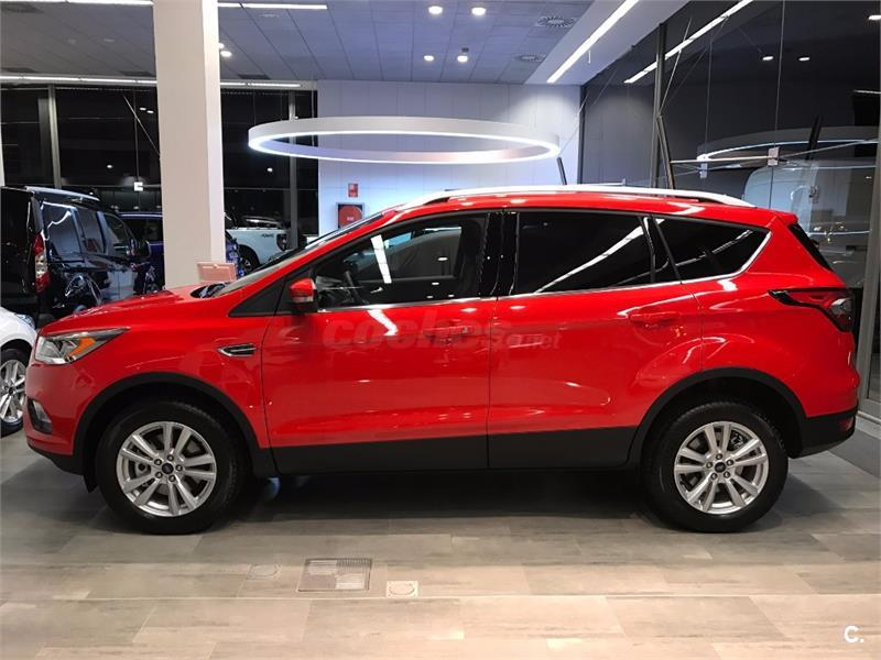 ford kuga 4x4 1 5 tdci 88kw 4x2 ass business diesel de color rojo  race  del a u00f1o 2017 con 6km en