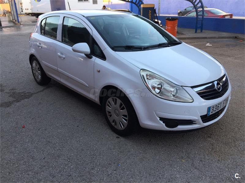 opel corsa cosmo 1 3 cdti 90 cv diesel blanco del 2007 con 120000km en valencia 32814475. Black Bedroom Furniture Sets. Home Design Ideas