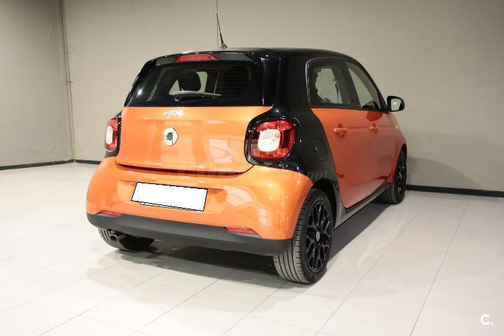 Smart forfour 52 passion gasolina naranja del 2015 con for Smart segunda mano sevilla