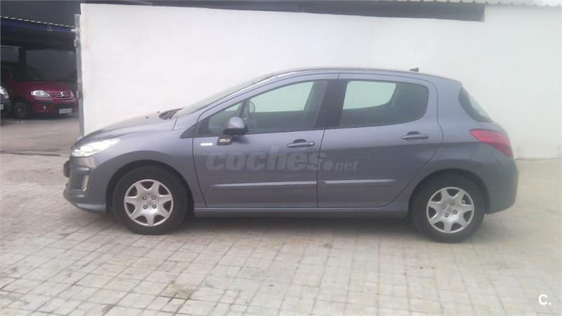 peugeot 308 confort 1 6 hdi 90 diesel gris plata del 2010 con 74117km en valencia 32896822. Black Bedroom Furniture Sets. Home Design Ideas