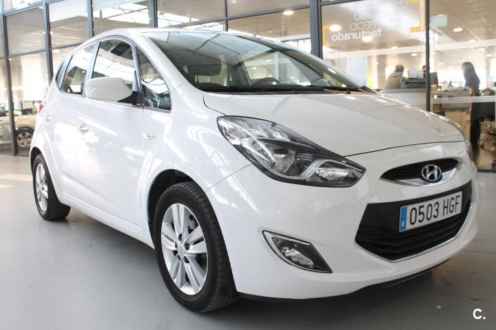 hyundai ix20 1 6 crdi gls 115cv comfort diesel blanco blanco del 2011 con 99341km en sevilla. Black Bedroom Furniture Sets. Home Design Ideas