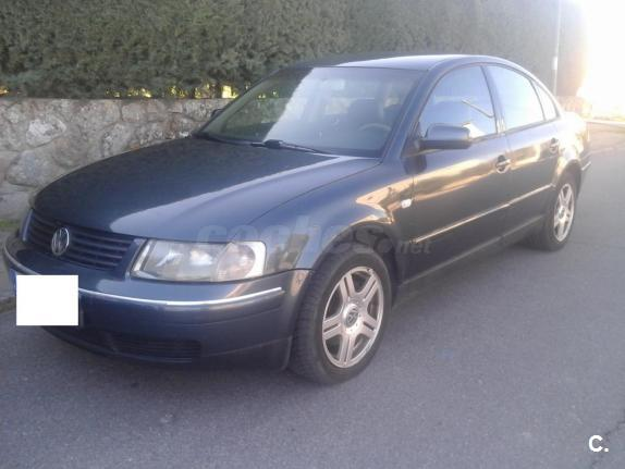 volkswagen passat 2 5 v6 tdi highline diesel del 2000 con 200000km en madrid 32905005. Black Bedroom Furniture Sets. Home Design Ideas
