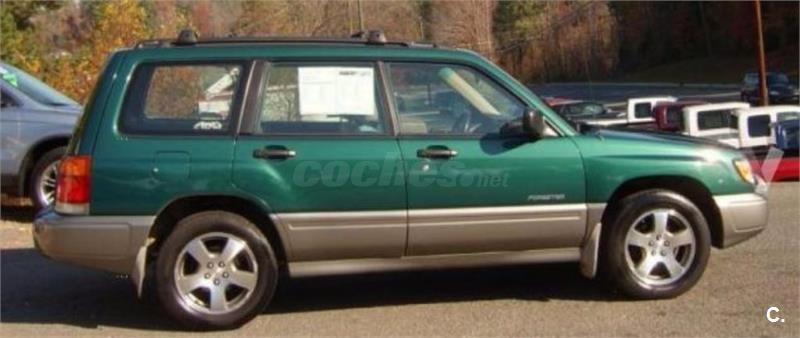 Subaru forester 4x4 2 0 turbo awd auto gasolina de color for 5 puertas pontevedra