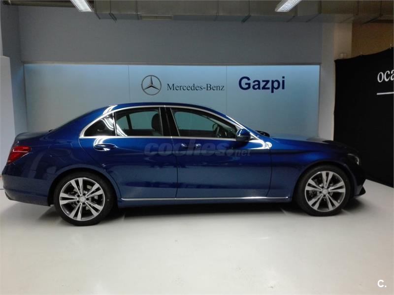 Mercedes benz clase c diesel azul azul brillante for Mercedes benz clase c 2017 precio