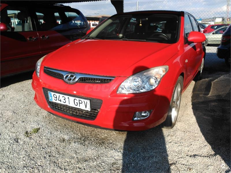 hyundai i30 1 6 crdi vgt 115 style sport diesel rojo del 2009 con 130000km en granada 32980288. Black Bedroom Furniture Sets. Home Design Ideas