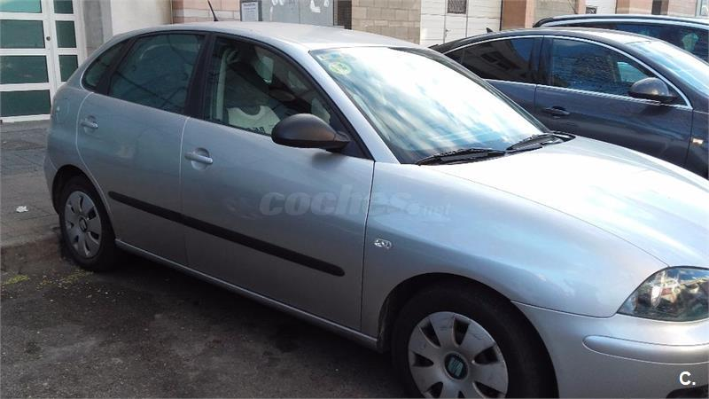 seat ibiza 16v 75 cv signa auto gasolina gris plata 6 del 2003 con 73500km en madrid. Black Bedroom Furniture Sets. Home Design Ideas