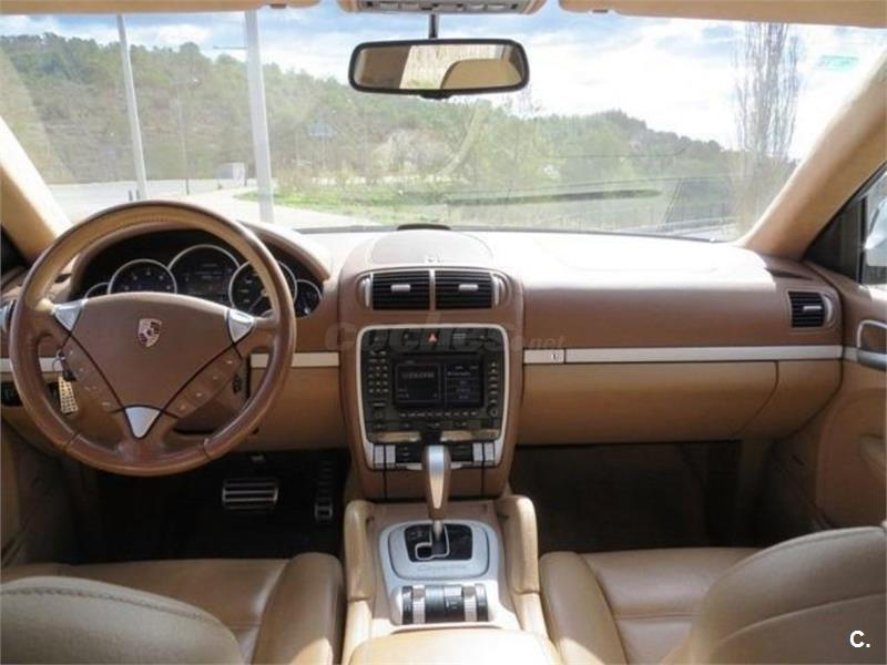 Porsche cayenne 4x4 turbo 450cv gasolina de color negro 9 - Centro porsche alicante ...