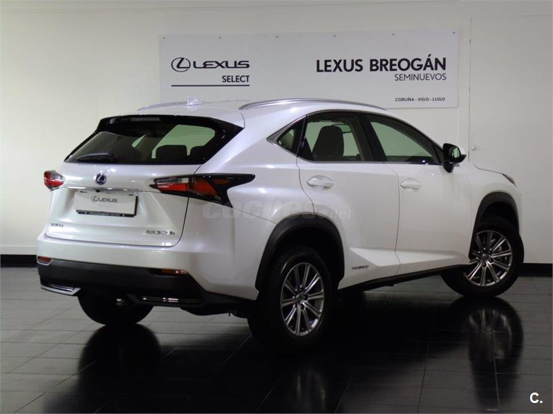lexus nx 4x4 2 5 300h business 2wd el ctrico h brido de demostraci n de color blanco blanco. Black Bedroom Furniture Sets. Home Design Ideas