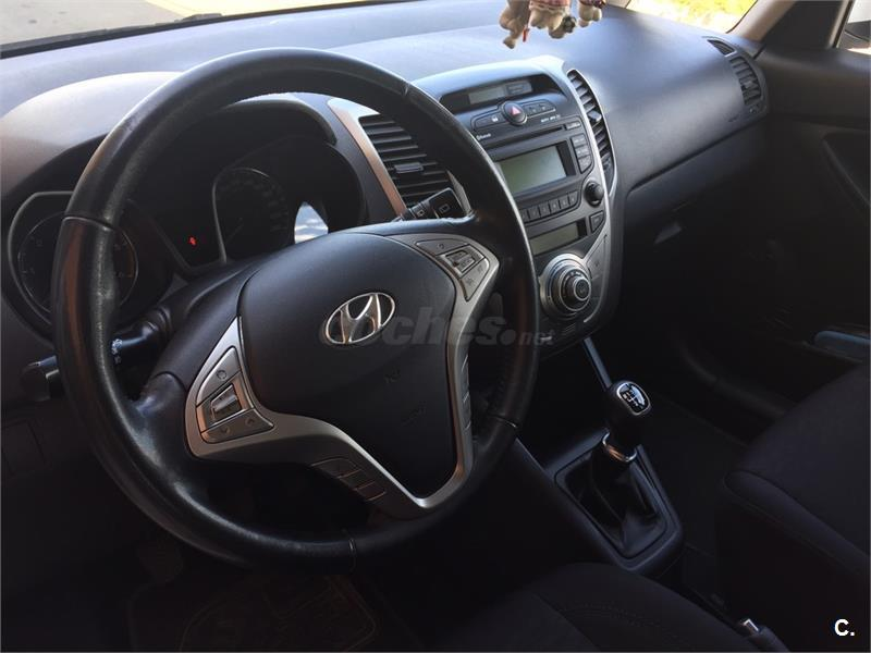 hyundai ix20 1 6 crdi gls 115cv blue comfort diesel blanco del 2012 con 121000km en barcelona. Black Bedroom Furniture Sets. Home Design Ideas