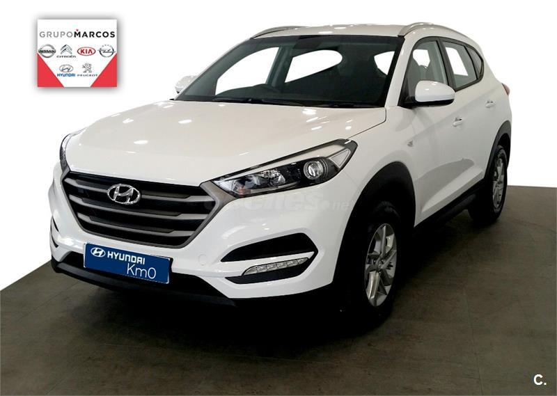 hyundai tucson 4x4 1 7 crdi 85kw 115cv bdrive essence 4x2 diesel de km0 de color blanco polar. Black Bedroom Furniture Sets. Home Design Ideas