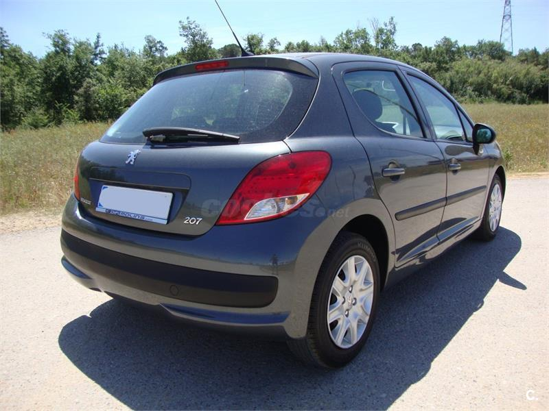 peugeot 207 confort 1 4 hdi 70 diesel gris plata 689673808 del 2010 con 89900km en girona. Black Bedroom Furniture Sets. Home Design Ideas