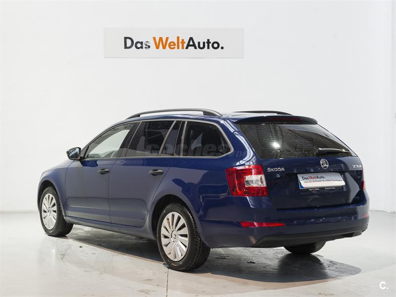 skoda octavia combi 1 6 tdi cr 110cv active diesel azul azul pac fico del 2016 con 14163km en. Black Bedroom Furniture Sets. Home Design Ideas