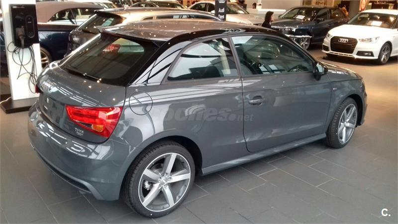 audi a1 berlina 1 0 tfsi adrenalin gasolina de nuevo de color gris plata gris plata gris. Black Bedroom Furniture Sets. Home Design Ideas
