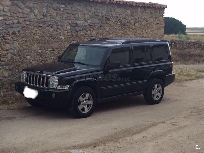 jeep commander 4x4 suv occasion verviers 4801 autovisual. Black Bedroom Furniture Sets. Home Design Ideas