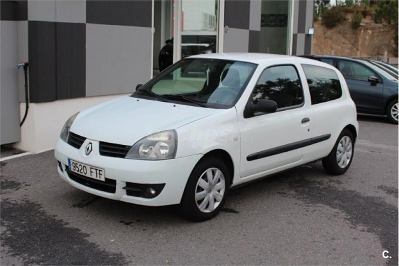 renault clio campus authentique diesel blanco 4 del 2007 con 205000km en pontevedra. Black Bedroom Furniture Sets. Home Design Ideas