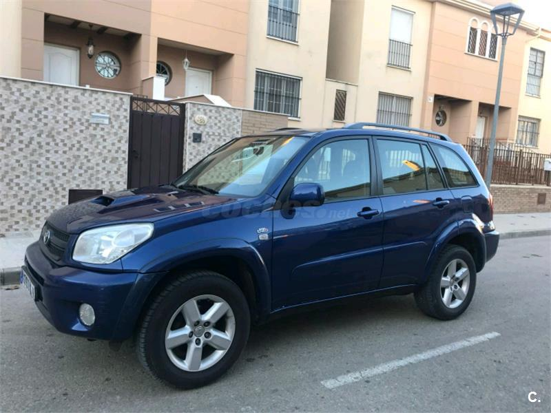 toyota rav4 4x4 2 0 d4d sol 4x4 diesel de color azul del a o 2006 con 289000km en sevilla 34183950. Black Bedroom Furniture Sets. Home Design Ideas