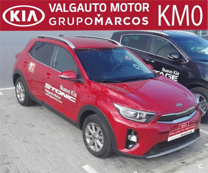 kia stonic 4x4 1 2 cvvt 62kw 84cv drive ecodynamics gasolina de demostraci n de color rojo en. Black Bedroom Furniture Sets. Home Design Ideas