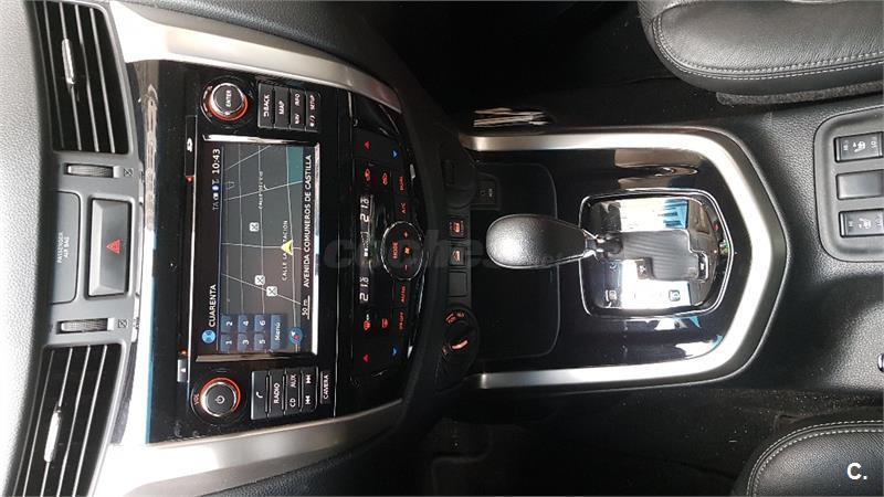 Nissan np300 navara pick up 2 3 dci 190cv tekna doble for Filtro aria cabina 2016 nissan murano
