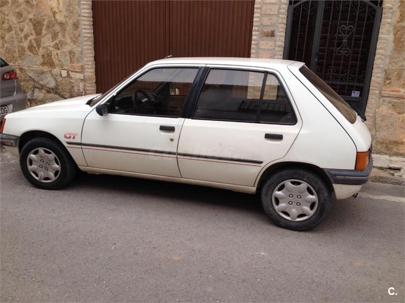 peugeot 205 205 gt 1 4 gasolina blanco 4 del 1992 con 204000km en ciudad real 34559040. Black Bedroom Furniture Sets. Home Design Ideas