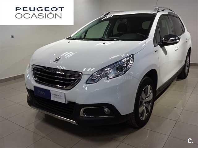 peugeot 2008 4x4 style 1 6 bluehdi 100 diesel de color blanco del a o 2016 con 63951km en madrid. Black Bedroom Furniture Sets. Home Design Ideas